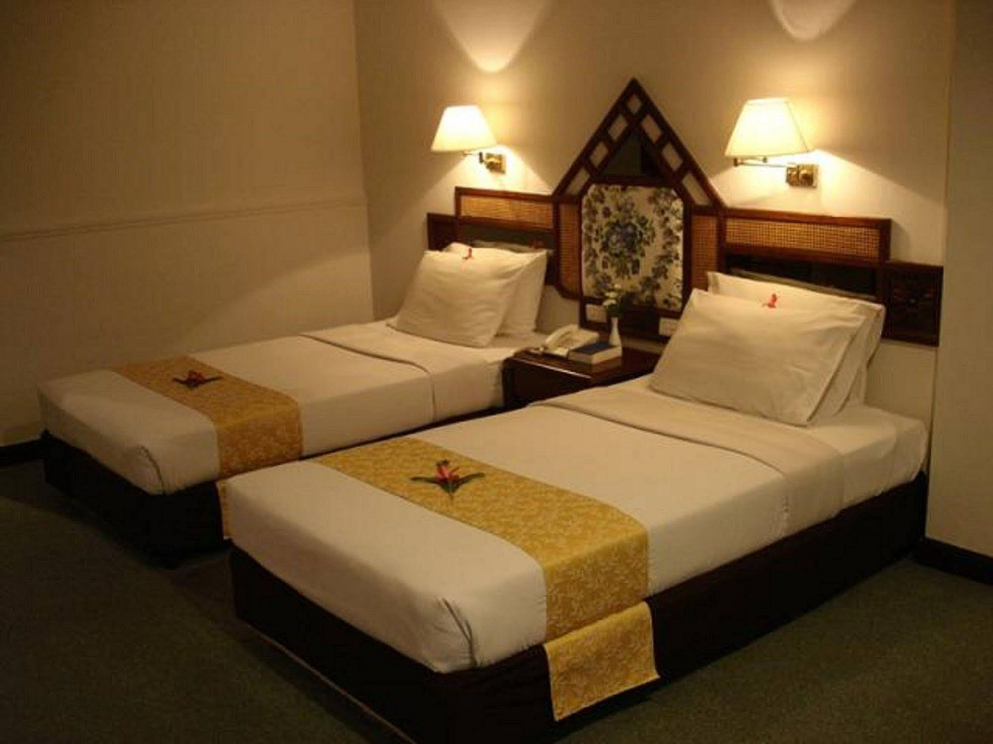 Grand Sole Hotel Pattaya: reviews from photo